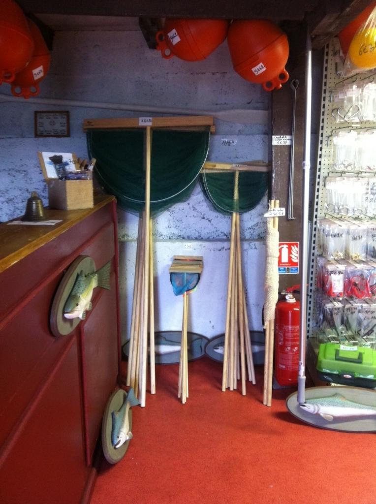 magasin d'accastillage et pêche marine