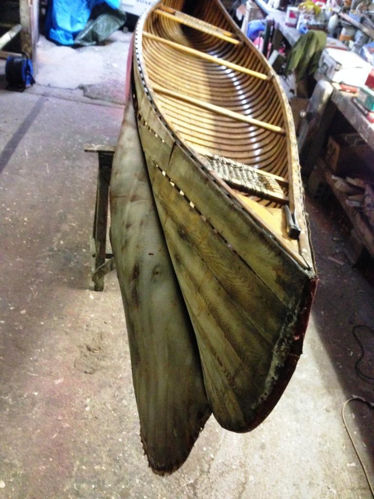 restauration d'un canoë canadien